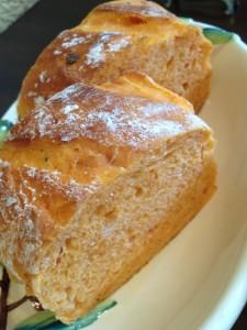 カルボナイオ自家製パン